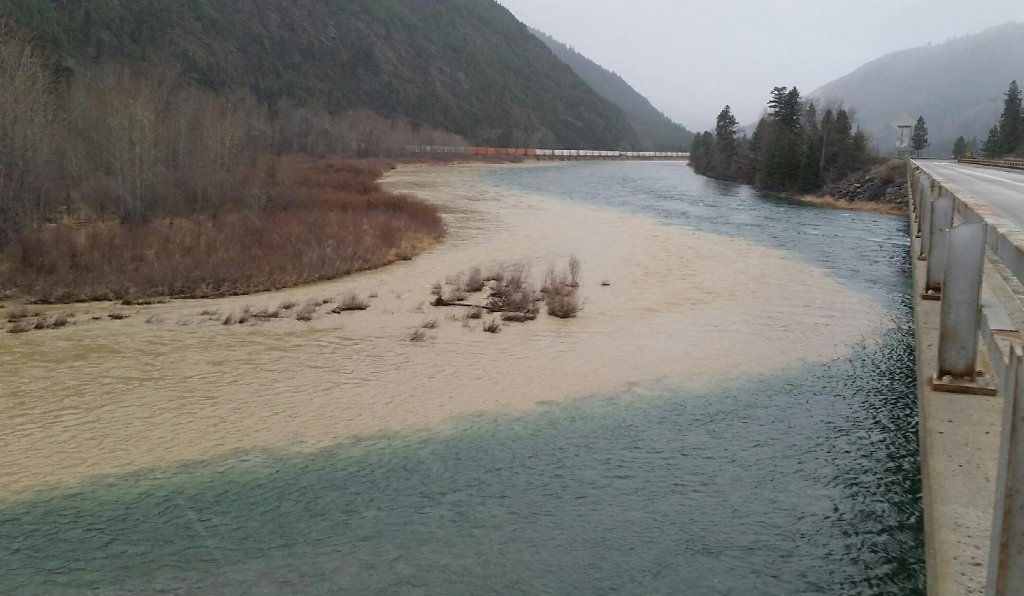 The Kootenai River and Fisher River merge, but you can still tell one of them had much more sediment